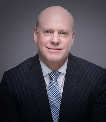 Portrait of Attorney Barry Salzman